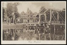 NL-HlmNHA_162_2629_0178 Ophaalbrug over de Vecht en gezicht op de Hoogstraat,, 1910-1920